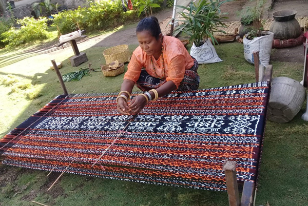 Ikat weaving - Flores Island - Indonesia