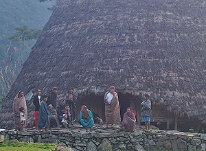 the local community in Wae Rebo - Trekking Tour
